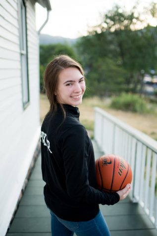 Senior Madi Pixler prepares for basketball season
