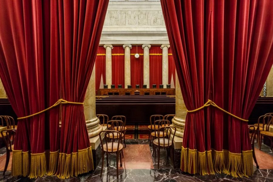 The+Supreme+Court+courtroom.+Image+from+Shutterstock.com.