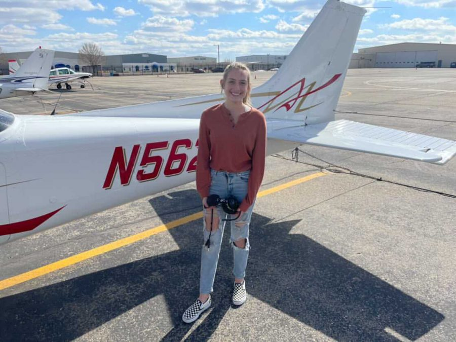 Senior Madison Taylor begins her journey to becoming a pilot, with hopes of receiving her private license by June.
