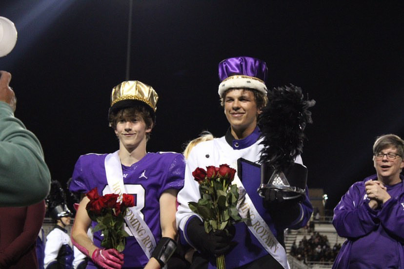 Noah Younger and Jonathan Bashford win homecoming royalty for the class of 2022. Photo by Brady Roland.